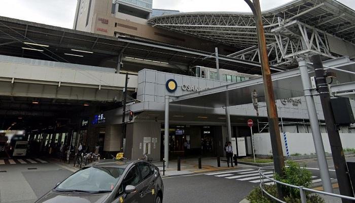 JR大阪駅改札前2F