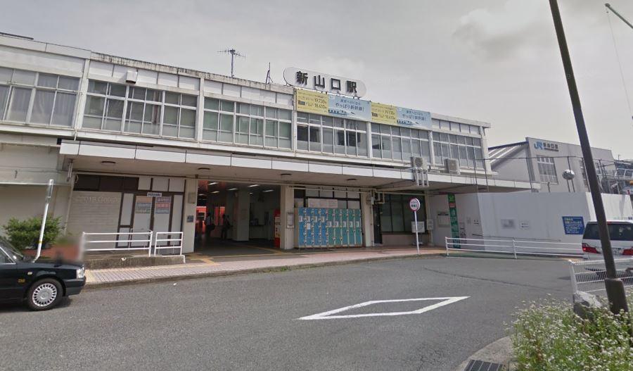 新山口駅北側広場前
